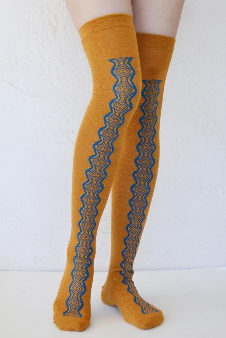 Vintage Lace Over-the-Knee Socks koenjit tabbisocks