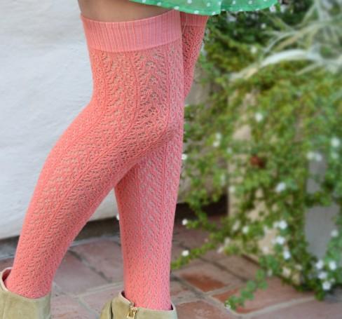 Crochet coral tabbisocks