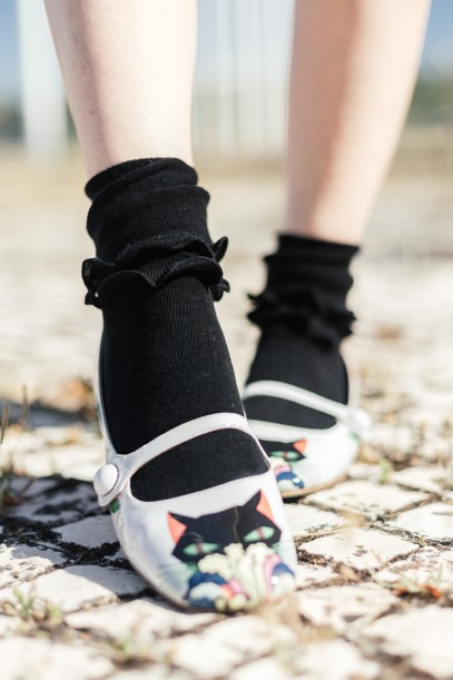 Double ruffles crew socks black tabbisocks